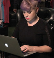 Black Friday Sale mit Kelly Osbourne!