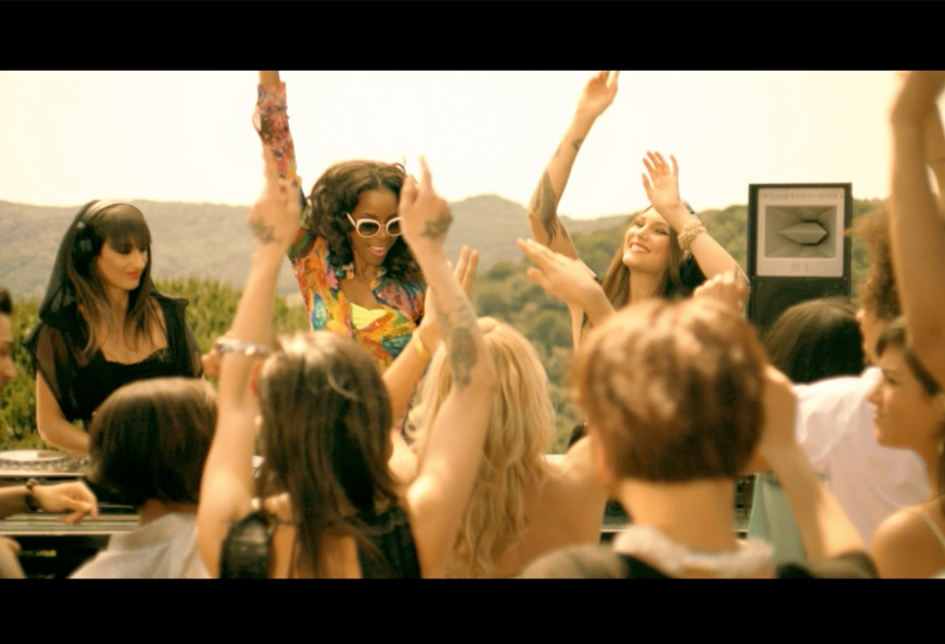 ALPHA POOL Music Video Trailer Example Bacardi Kelly Rowland 3